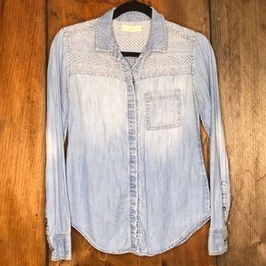 Staring At Stars Chambray Button Down Size XS GUC